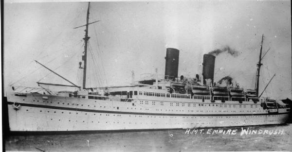 HMT Empire Windrush (By Royal Navy official photographer [Public domain], via Wikimedia Commons)